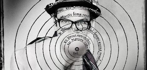 Settimio Benedusi come Copernico